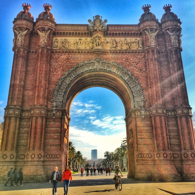 Up close Arc de Triomf